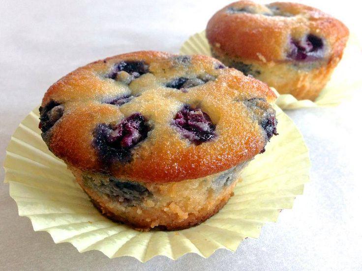 Via Living Healty with chocolate (clique para ver o original em inglês) Ingredientes (para 6 muffins) -1 xícara de farinha