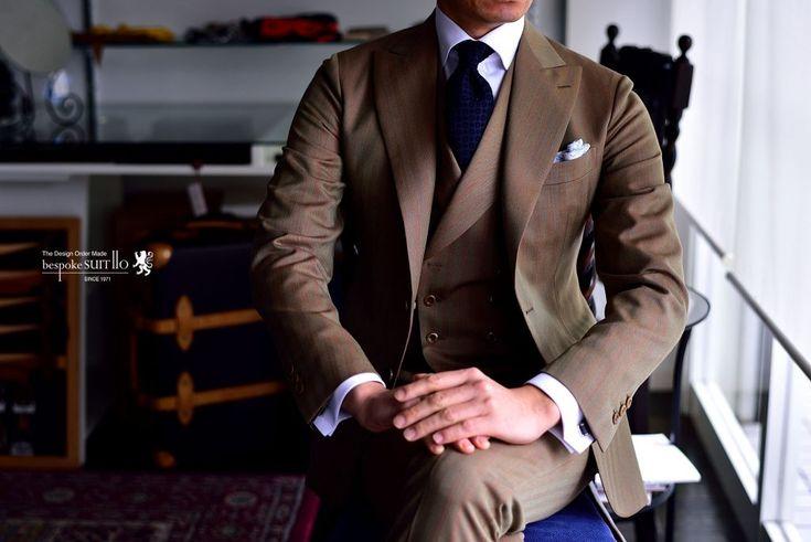 """英国服地SMITH WOOLLENS(スミス・ウールンズ)ORIGINAL SOLARO(オリジナル・ソラーロ""""サンクロス"""")のころがし方。玉虫色の輝きを持つ美しいウール織物。英国服地ですが特にイタリア人が好んでコーディネートしてるのを、web上で見かけますね。いや~しかしホントいろんなコーディネートが楽しみめます!奥が深いソラーロ!お気に入りなりました。,SMITH WOOLLENS,スミス・ウールンズ,ORIGINAL SOLARO,オリジナル・ソラーロ,サンクロス,英国服地,装いのルール,コーディネート,スーツのコーディネート,オーダー,誂え,紳士,オーダーメイド,オーダー,ジャケパン,スーツ,ジャケット,誂え,紳士,コーディネート,着こなし,オーダーメイド,福岡,八幡西区,黒崎,北九州,ビスポークスーツ110,bespokeSUIT110,bespokeSUITIIO,"""