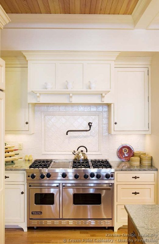 Idea Of The Day: Classic White Kitchens. (By Crown Point Cabinetry).  BEAUTIFUL Range Hood And Backsplash. Part 86