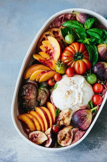 Tomato fig peach prosciutto and burrata salad: Beyond Sweet and Savory