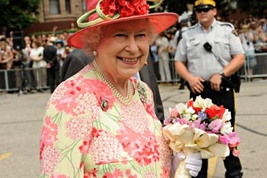 Ways you can join in the JUBILEE festivities for the Queen--- 60 years is a long time for any job!: Queen Elizabeth, Diamond Jubilee, British Royalty, Queens, Elizabeth Ii, Photo, Queen S Diamond, Majesty Queen