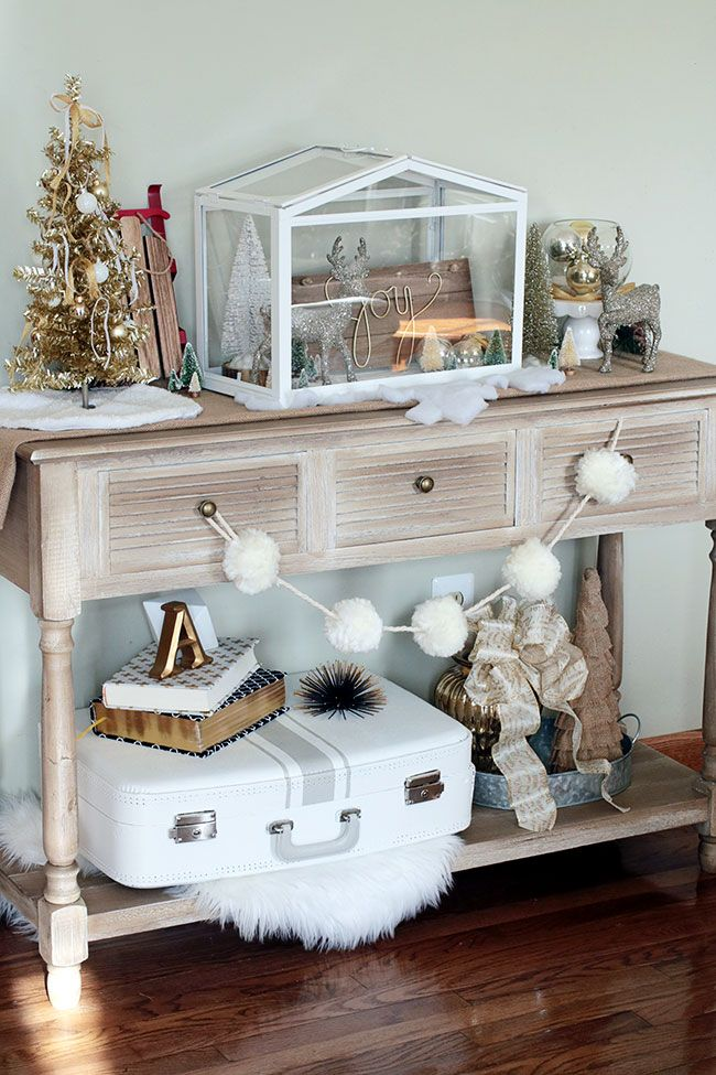 Console Table Decorated For Christmas Console Table Decorating
