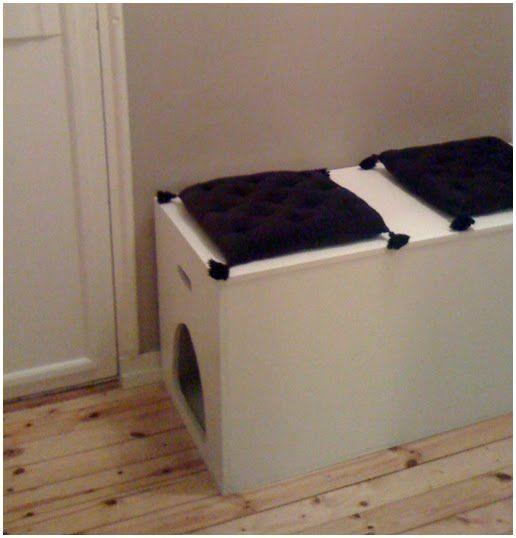 Eine tolle Idee, das Katzenklo diskret ins Vorzimmer zu verlegen. Keine Ahnung, wo es das zu kaufen gibt, aber es schreit nach DIY!