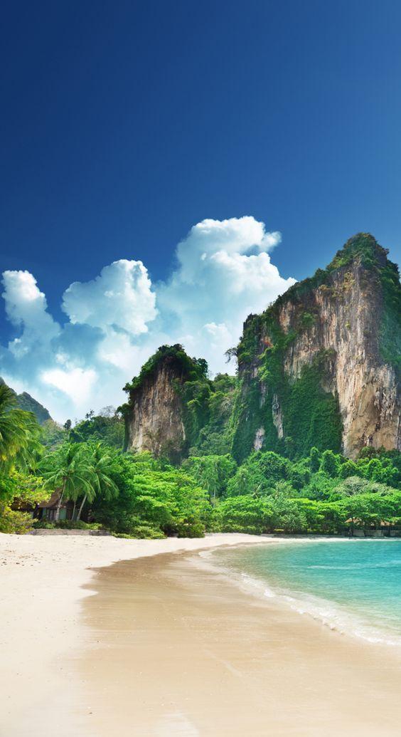 Railay Beach, Krabi, Thailand on Sunsurfer.