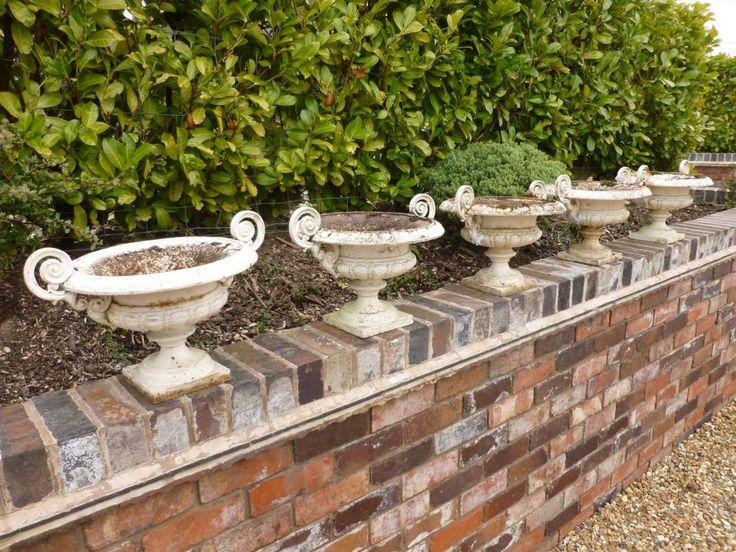 Set Of 5 Matching Antique Cast Iron Planters,garden Antiques,garden  Ornaments,cast