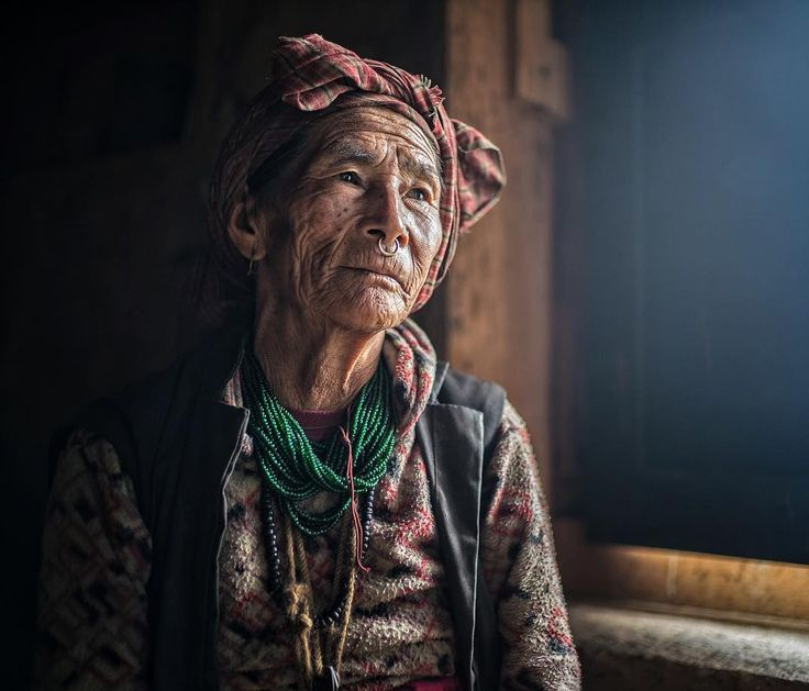 natgeo photo by @renan_ozturk // A Kulunge woman from the village of Sadhi, in the remote western region of Nepal shot during #TheLastHoneyHunter story. ~  More info on this culture from @dzifoundation @jetbutterflies // The Kulunge are amongst the purely animistic cultures in the Himalaya. They have a deep connection with the spirit world and the natural world, facilitated by powerful Shamans. But everything in the mountains changes - even the geology, and many of the local traditions and…