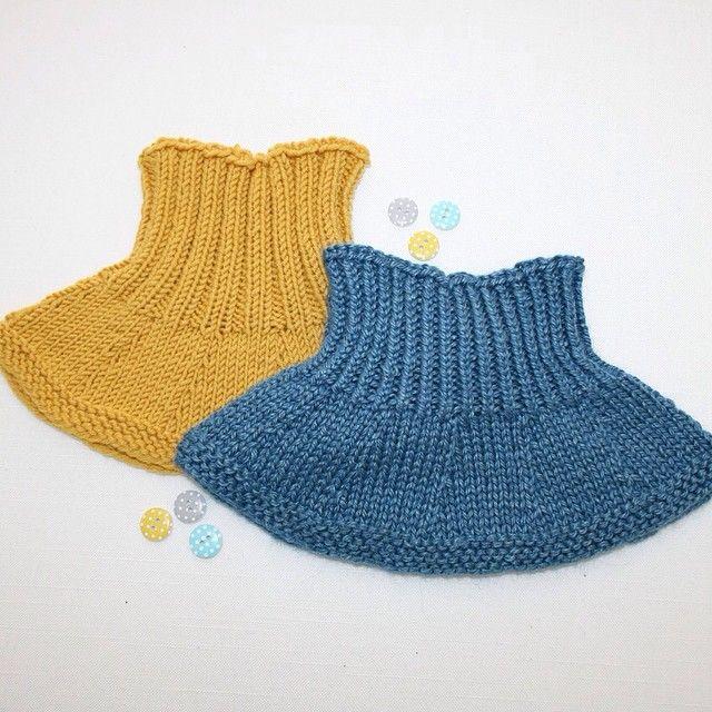Influensa i hus➡️lite strikketid!Really love these for kindergarten during the winter! ❄️⛄️ #denstoreguttestrikkeboka #guttestrikk #strik #stricken #strikking #strikkegram #strikkemani #strikkedilla #strikkeglede #strikkelykke #strikkemamma #strikktilgutt #dropsfan #merinoextrafine #dustorealpakka #fin #dropsyarn #knitting #knitaholic #knitstagram #knitaddicted #knitted_inspiration #knittersofinstagram #instaknit #iloveknitting #winterknits #vinterstrikk #hals #neckwarmer