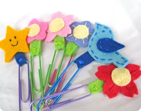 Felt Bookmarks - 25 Cute and Creative DIY Back To School Crafts~Awl! How cute & fun! I might do these!