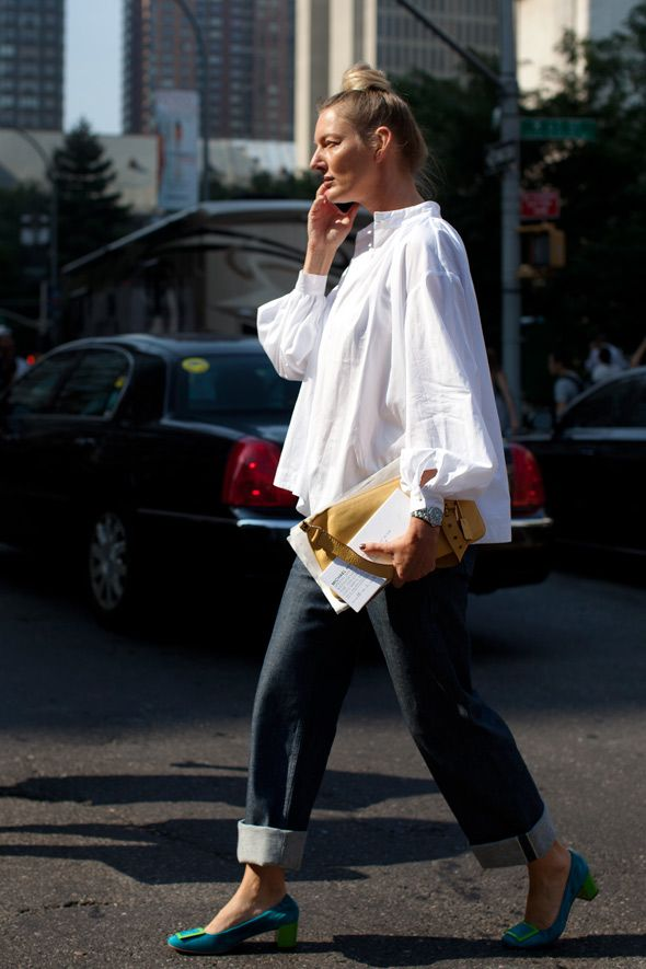 Love the oversized cotton blouse with the big jeans.
