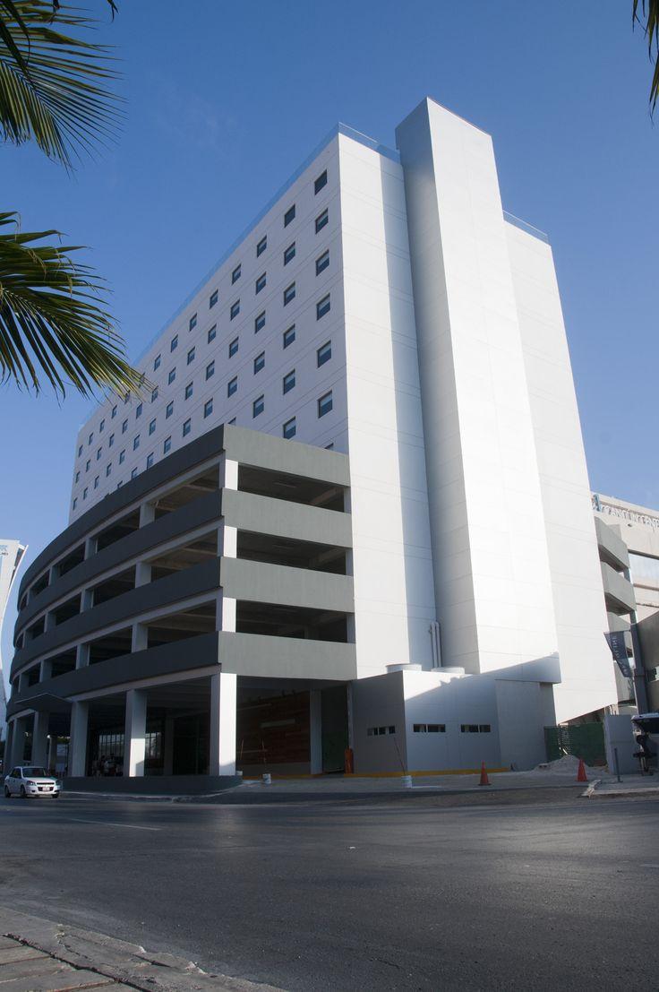 Celebra tu estilo en Aloft Cancun, un hotel nuevo y moderno a pasos del centro de convenciones. Ofrecemos fácil acceso a la playa, a tiendas de primer nivel, al agitado entretenimiento, a la vibrante vida nocturna y a los mejores restaurantes de la ciudad.