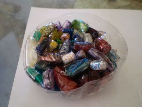 Beads from water bottles.: Hand Made Jewelry Ideas, Making Beads, Good Ideas, Creative Ideas, Gift Ideas, Craft Projects, Beads From Plastic Bottles, Craft Ideas