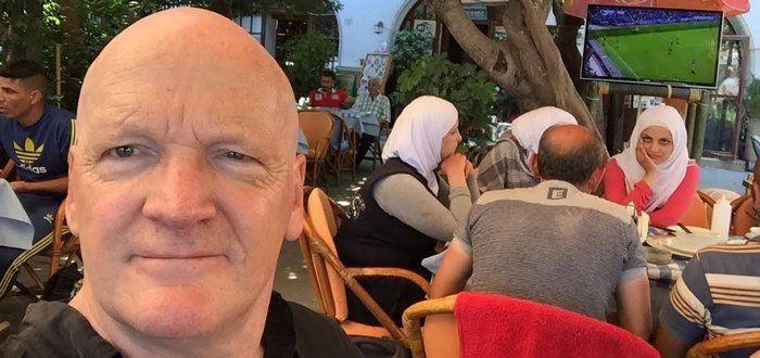 Een makkelijk boottochtje vanuit Turkije naar Griekenland, heerlijk terrasweer en papieren om door te reizen binnen enkele dagen geritseld. Tussendoor nog