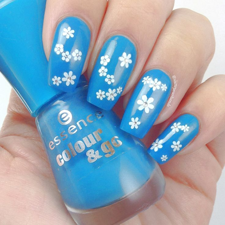 Let S Talk Nail Art: Essence 128 Let's Get Lost + Essence Nail Art Sticker