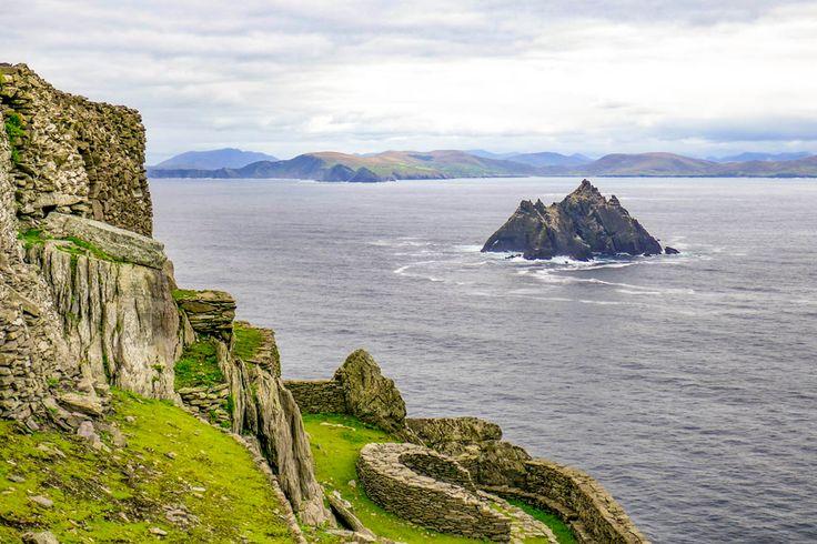 De Skellig Eilanden Bij Ierland Zijn Ruig Via Een Boot Excursie Kun Je Ze Bezoeken En Onder Meer De Star Wars Locaties Zien Alsook D Eiland Ierland Rondreis