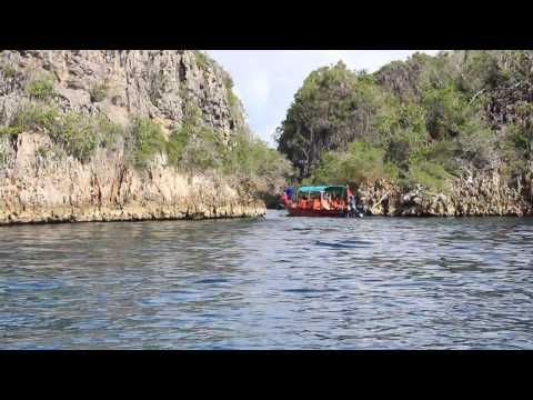 Pulau Rufas Laguna Tersembunyi di Raja Ampat Papua - Papua