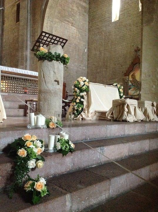 chiesa in Assisi, Umbria. Umbria wedding