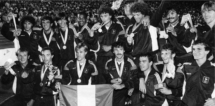L'équipe de France est championne Olympique, en 1984, aux JO de Los Angeles.