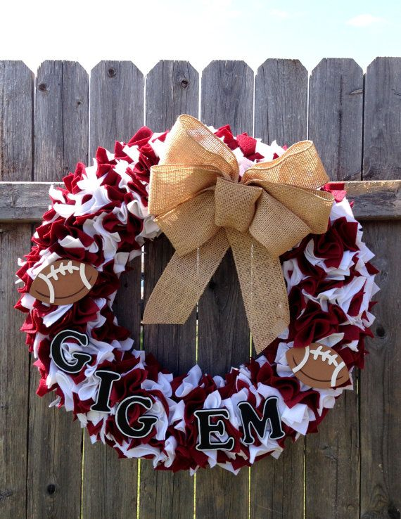 An Aggie Football Team Spirit Wreath- could do the same thing with any other team too