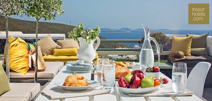 We are excited to welcome one more member to our family. Have a delicious and nutritious breakfast at Melograno Villas in Astypalaia and enjoy the magnificent view it offers to its guests.