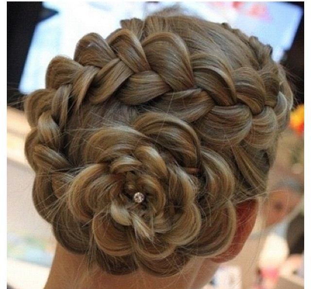 Circle braid with diamond pins so cute i wish i could do that circle braid with diamond pins so cute i wish i could do that braids pinterest french braid hair style and hair makeup ccuart Gallery
