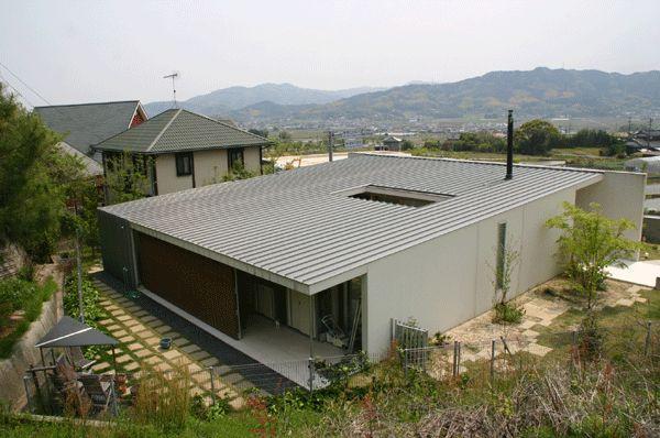VOL014片流れ緩勾配の金属屋根の家 - 金属屋根施工コメント・.jp