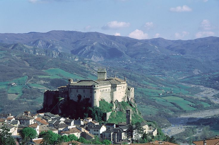 Castelli del Ducato - Castello di Bardi