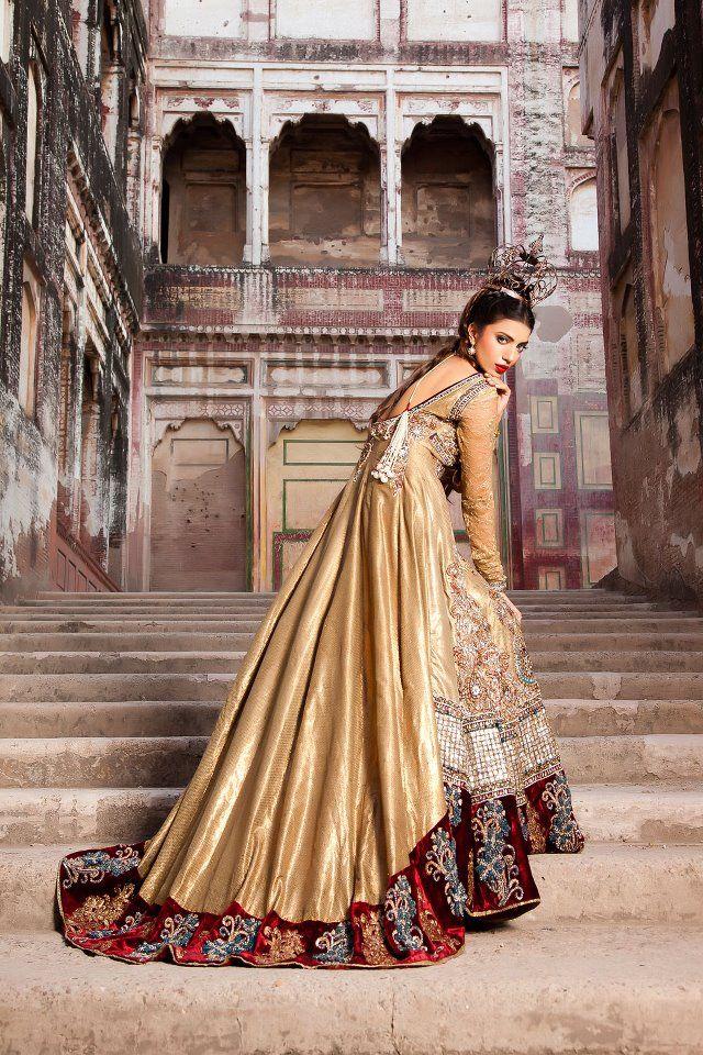 Outfit by Saadia Mirza (Pakistani Fashion)