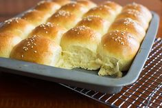 These brioche buns are perfect for homemade sliders, bbq sandwiches or hamburgers. They only take a few minutes to put together in a Thermomix.