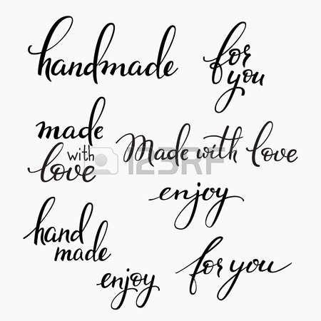 handmade: set lettering a mano. Calligrafia cartolina o l'etichetta graphic design elemento lettering. scritto a mano segni stile calligrafia. A mano elemento di decorazione mestiere. Fatto a mano. Per te. Fatto con amore. Godere. Vettoriali