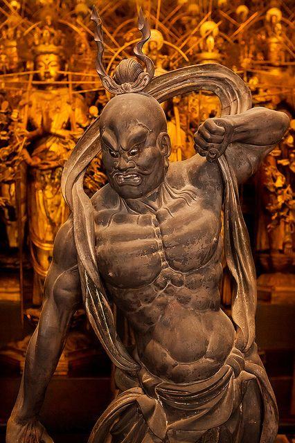 Naraen Kongo (Nio Guardians) : Sanjusangendo temple, Kyoto, Japan