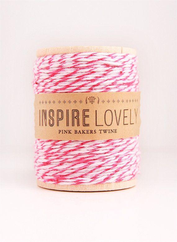 VENDITA - 50 metri rosa e bianco panettieri spago avvolto su un rocchetto in legno a mano