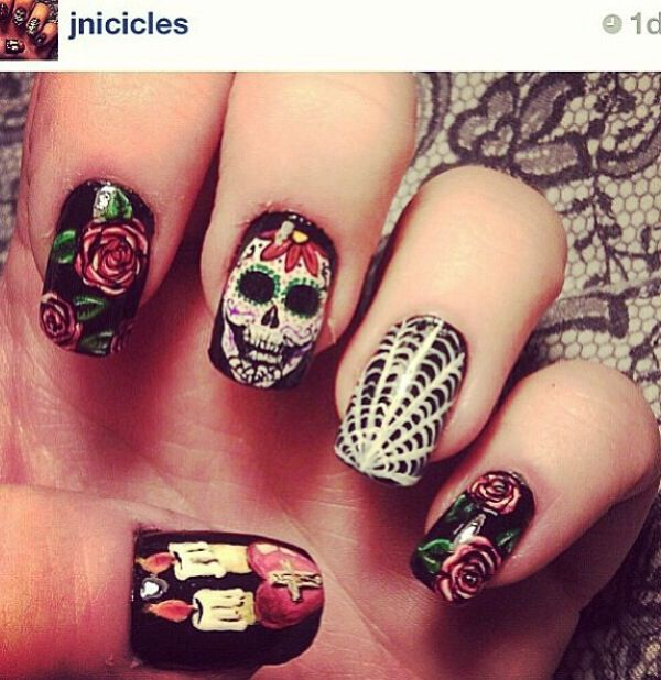 Nail art. Day of the dead nail art.
