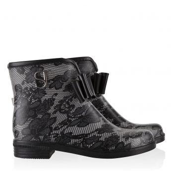 Bowrain Lace Boots Black by Supertrash