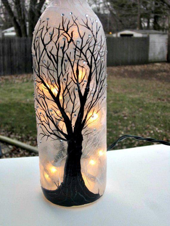 Flasche Wein, Nacht Licht, von Hand bemalt Weinflasche, schwarzer Baum funkelt