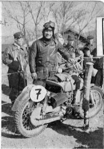 350 優勝のホンダ大村美樹雄  1955浅間高原レース