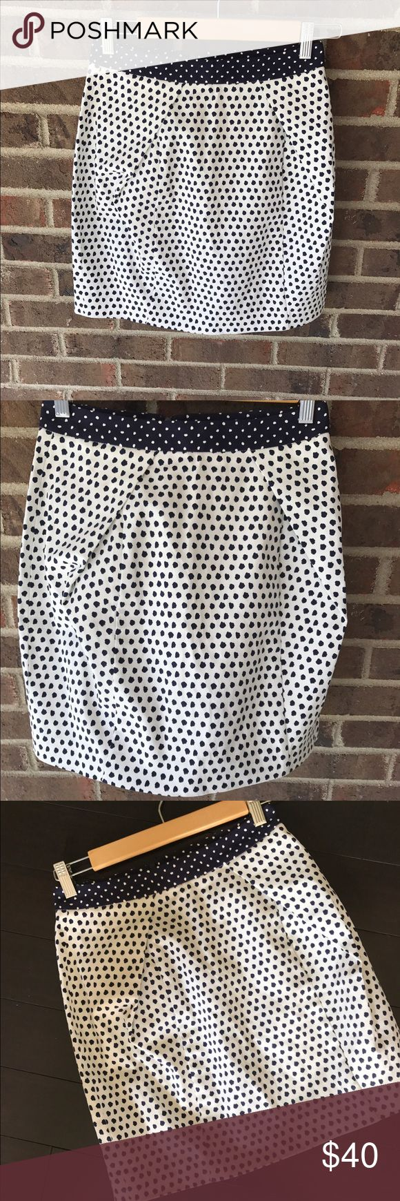 "Zara Mixed Print Mini Skirt Beautiful skirt in near perfect condition. 16"" in length. Thicker rigid material with no lining on the inside. Zipper closure in the back. Navy and ivory/cream color. Zara Skirts Mini"