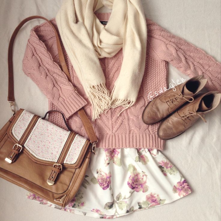 Girly Pastel Autumn Fashion. Love this outfit!! <3