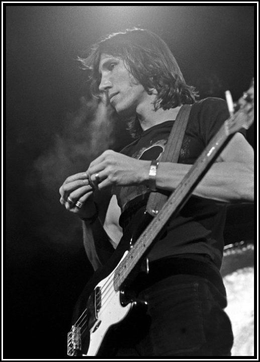 Roger Waters, Pink Floyd - 1973 | The Lunatics - Pink ...