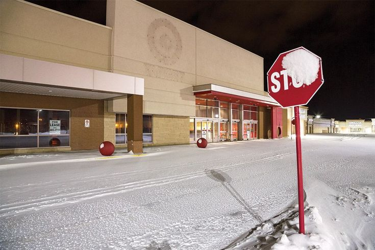 Exterior of a closed Target Canada store. http://www.canadianbusiness.com/the-last-days-of-target-canada/?trk=pulse-det-art_view_ext