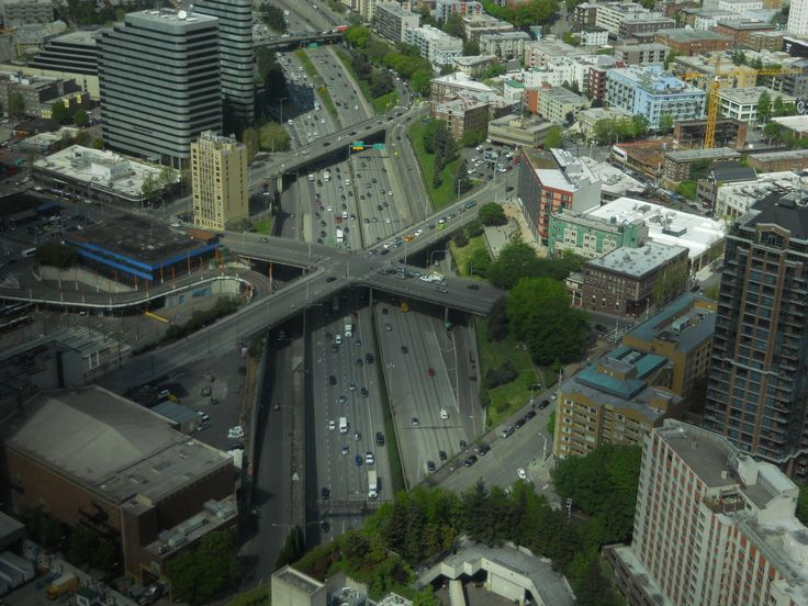 Elevated 4-way street intersection above Interstate 5 Seattle [2592x1944]