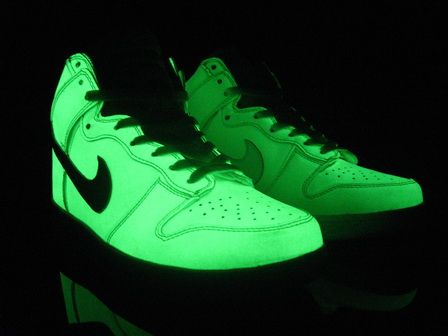 Nike Glow In The Dark Sneakers January 2017