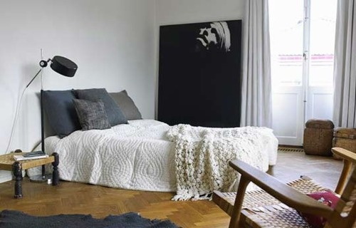love the bedspreadBeds Covers, Floors, Living Spaces, Bedrooms Design, Interiors, White Beds, Apartments, Big Art, Modern Bedrooms
