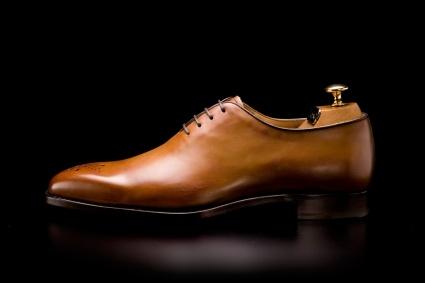 Het best bewaarde geheim voor luxe betaalbare schoenen uit Parijs; LODING! Ik loop inmiddels op m'n 2e paar - de Milan's in gold patina