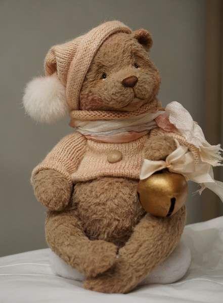 Little dreamer By Victoria Makarova - Bear Pile