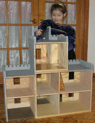 How to Build A Castle Dollhouse: Diy Castles Dollhouses, Diado Cut, Dolls Houses Plans, Molly Dolls, Doll Houses, Castles Tops, Houses Instructions, Diy Dollhouses Plans, Building A Dollhouses