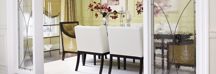 Design by Regina Sturrock Design. Furniture by Gresham House Furniture.