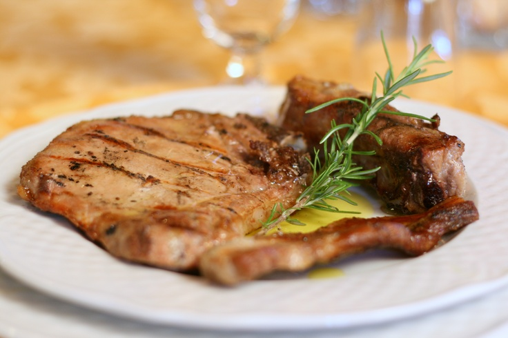 T-bone steak. www.marilenalacasella.com