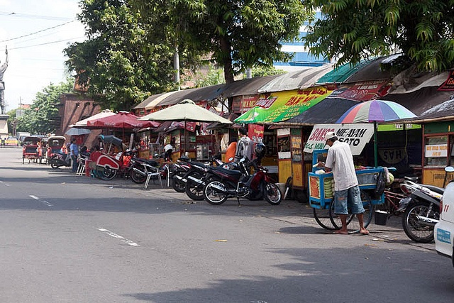 Streetfood, Solo, Central Java, Indonesia by travelfishery, via Flickr