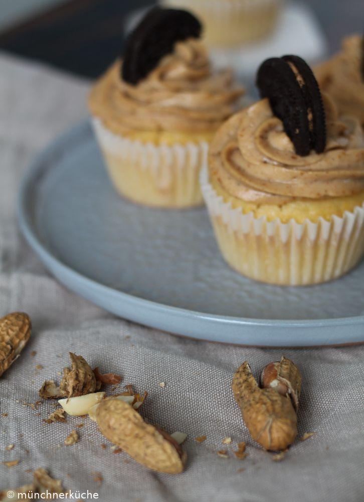 New Auf die Cupcakes kommt ein Erdnussbutterfrosting