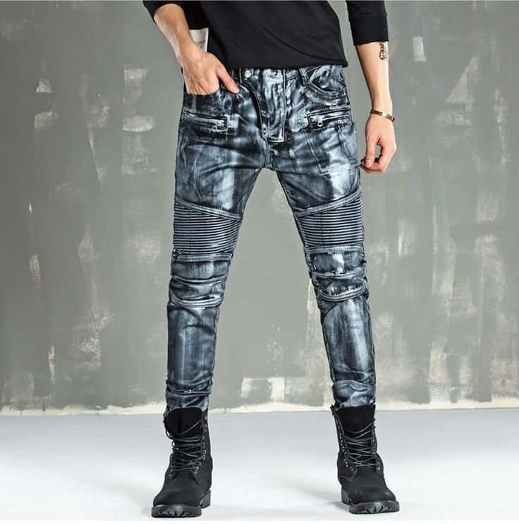 Catwalk streetwear men fashion jeans via JQ online store. Click on the image to see more!